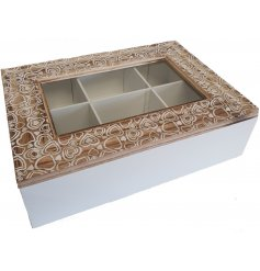 Decorated with a charmingly simple white heart decal, this large square Box will be perfect for separating your flavoure
