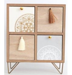 Set with a natural wooden surround, this 4 space storage draw unit will be sure to bring a trending touch to any home