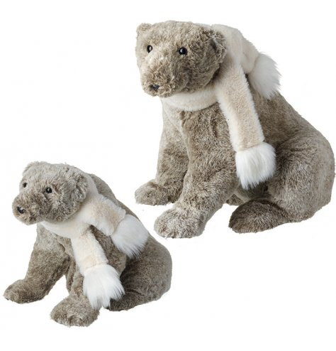 Irresistible to touch, this set of 2 woodland bears are a must have Christmas decoration.