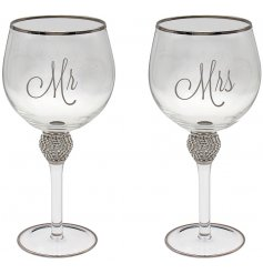 perfectly complete with a silver scripted Mr & Mrs text and super sparkly diamonte accent