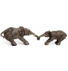A beautifully rustic inspired Elephant Ornament, sure to tie in with any themed home space