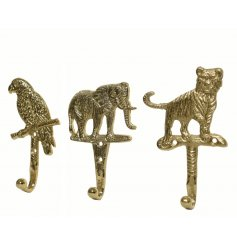 A mix of 3 wildlife hooks in Parrot, Elephant and Tiger designs. Each has a luxury gold finish and has beautiful details