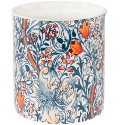 this pretty candle pot will be sure to add a Whimsical inspired feature to any home space