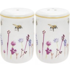 Pretty ceramic salt & pepper pots from the Busy Bee giftware range. Giftboxed.