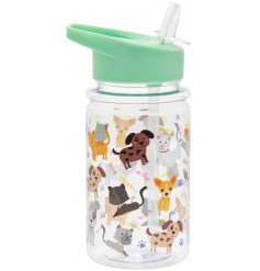 Covered with cute carton cats and dogs, this drinks bottle will be perfect for any little one on days out or at school!