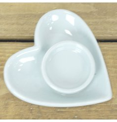 A sweetheart inspired accessory suitable for any home this small heart shaped dish also features a tlight holder centre
