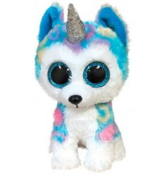 Helena The Husky is covered in super soft fur that is coloured in multiple tones and patterns and has a sparkly horn