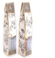 Elegant reed diffuser decorated with skeletal foliage print. Available in Amber & Patchouli or Musk & Sandalwood scents
