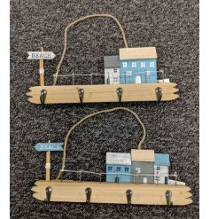 From the Seaside range, a charming hanging wall plaque with 4 metal hooks attached. Approx size 34.5 cm