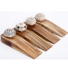 Bring a vintage charm to your interior with this assortment of natural wooden door wedges