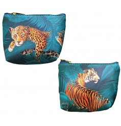 Jungle cat theme coin purse with zip closure. Approx 11 x 9 x 3.5 cm