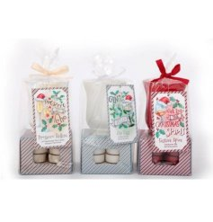 Perfect present, includes 8 christmas themed scented tealights with a hurricane jar holder. Approx size 16 x 9 cm