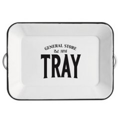 Set with a basic white tone and block text, this General Store themed serving tray is perfect for any kitchen