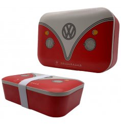 Perfect for while you're out and about, this retro Volkswagen Camper Van Bamboo Lunch Box is a must have