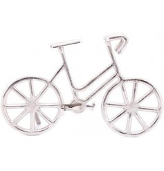 A decorative metal bicycle wall ornament, perfect for displaying in any Quirky themed home