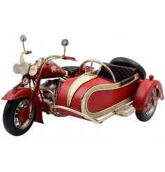 Introduce a rustic edge to any home space or display with this stylishly finished metal red Motorbike ornament.