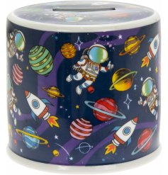 Covered with a cute Spaceman themed decal, this blue toned ceramic money box is perfect for little ones saving up