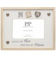 Decorated with Lettered squares, hearts and scripted text this Sentiments frame is sure to make any Nan smile
