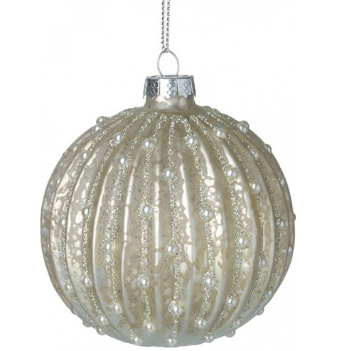 A glamorous champagne coloured bauble with an antique, mottled finish. Complete with miniature pearls