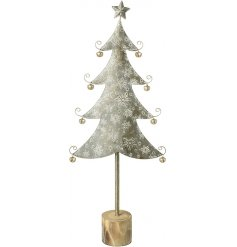 Set with a distressed whitewashed effect, this ornament is perfect for any home space