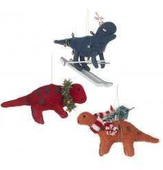 A mix of 3 dinosaurs each set with their own festive accents