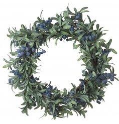 With its luxury colours, this wreath will be sure to hang perfectly in any home at Christmas