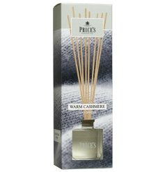 Bring home the feel of a cosy snuggled evening with this delightfully scented reed diffuser