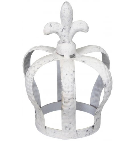 A simple whitewashed metal crown decoration suitable for tlight use