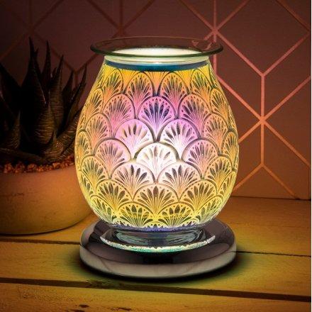 a vivid 3 dimensional technicolour heart image and has built in oil burner / wax melt dish for fabulous fragrance.
