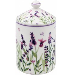 Decorated with a pretty lavender decal, this beautifully patterned ceramic candle jar is perfect for any home