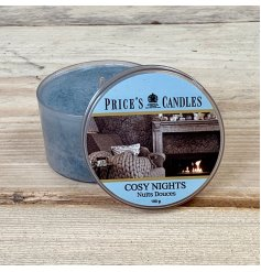 Made from a high quality natural wax, this indulgent candle will be sure to fill the room with a stunning cosy aroma