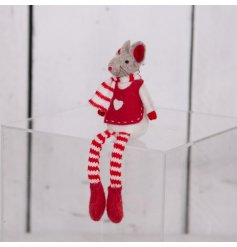 With its festive red tones and long dangly legs, this little shelf sitter will place perfectly in any home at Christmas