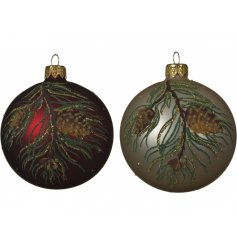 Covered with a beautifully traditional pine tree design, these matte red and grey baubles will place perfectly in any tr