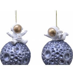 Perfect for adding a Space Age inspired touch to your tree decor at Christmas, an assortment of Meteor Glass Baubles