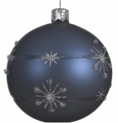 A charming and simple bauble to add to your tree this festive season