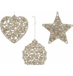 With their glittery gold spiral decals and added pear details, these glitzy hangers will tie in with any themed tree