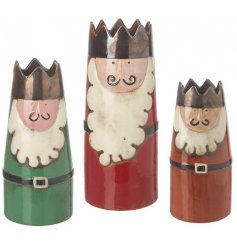 Sure to add a traditional touch to your home decor at Christmas, a set of 3 sized vases in the shapes of the Three King