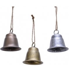Perfect for placing in any themed tree at Christmas for a festive hint, a mix of tarnished metal bells hung from chunky