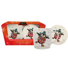 Decorated with a festive themed Penguin print, this Ceramic Kitchenware Set is perfect for Christmas