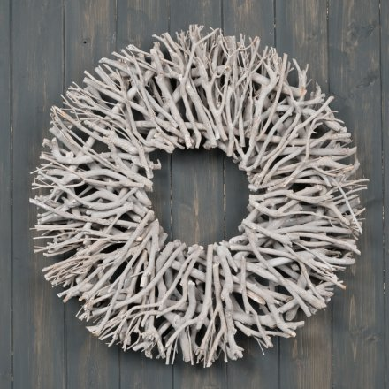 A stunning twig wreath with plenty of rustic character and charm.