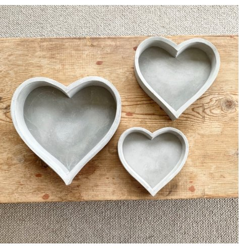 A rustic and raw cement heart tray with plenty of character and charm.