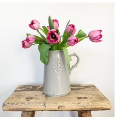 A shabby chic, french inspired country living jug. Complete with a distressed finish.
