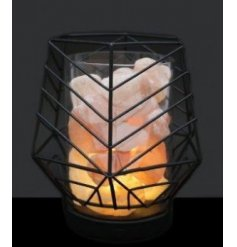 A geometric inspired wire framed lamp complete with Himalayan salt rocks within the centre
