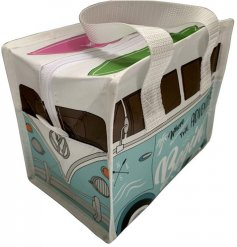 Part of the quirky VW Camper Van Range, this light blue toned lunch bag will be sure to add a retro look to your lunch