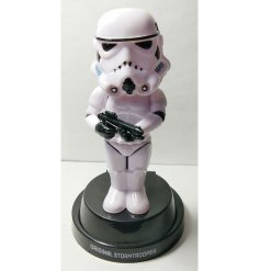 Bring the Dark Side to your windowsill or car dashboard with this head bobbing Stormtrooper