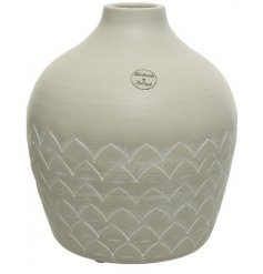 Stay on trend with this beautifully simple white terracotta vase with a chic triangular design.