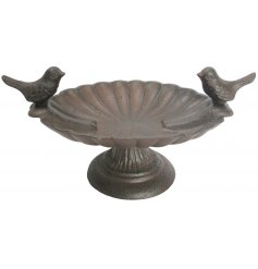Perfect for placing on a table or tree stump in your garden and providing a charming vintage feel,