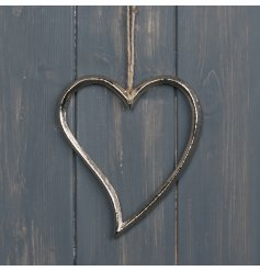 A chic and simple small hanging metal silhouette heart decoration