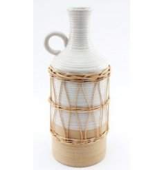 A beautifully simple themed ceramic vase, covered with a wrapped rattan inspired decal and finished with a round handle