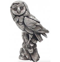 Beautiful luxury silver detailed owl.